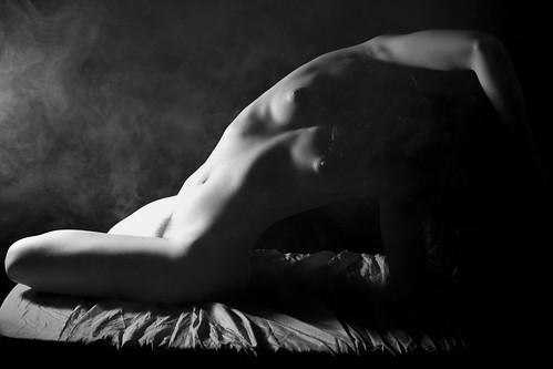 : art, smoke, sexy, humo, nude, desnudo