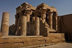 (706) Kom Ombo (avalon20_(mac)) Tags: africa history architecture geotagged town egypt architektur 500 ägypten tempel komombo misr eos40d schulzaktivreisen