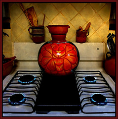 what's cooking? (uteart) Tags: winter cold mexico flames mornings claypots barro brrrrrr tms gasstove waterjug tellmeastory uteart amilehigh theauthorsplaza
