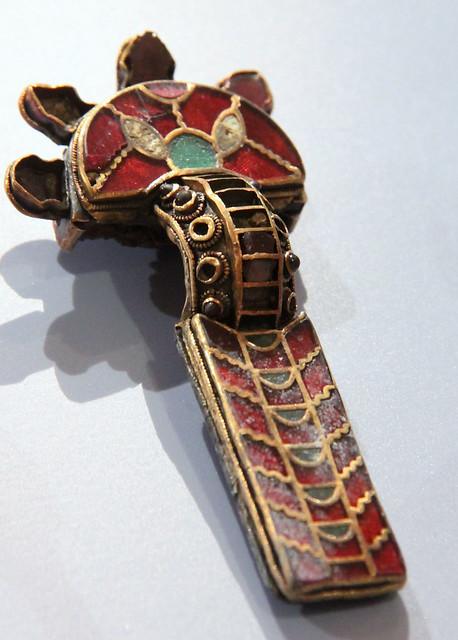 Fibula (brooch)