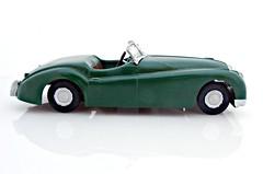 1950 Jaguar XK120 (montanaman1) Tags: 120 scale model plastic jaguar 1950 132 lindberg xk