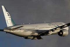 "Boeing 777-219(ER), ZK-OKC, ""Air New Zealand"" (Daryl Chapman Photography) Tags: china sun plane canon hongkong shadows body aircraft tail engines nz 7d boeing departure 777 airnewzealand sar anz clk 772 100400l 25l vhhh 777219er zkokc"