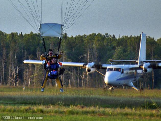 P1030019_parachute