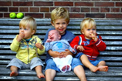 Generation next (kees straver (will be back online soon friends)) Tags: family portrait people baby smile amsterdam kids canon children fun happy kid cookie child smilling appels keesstraver 5dmarkii