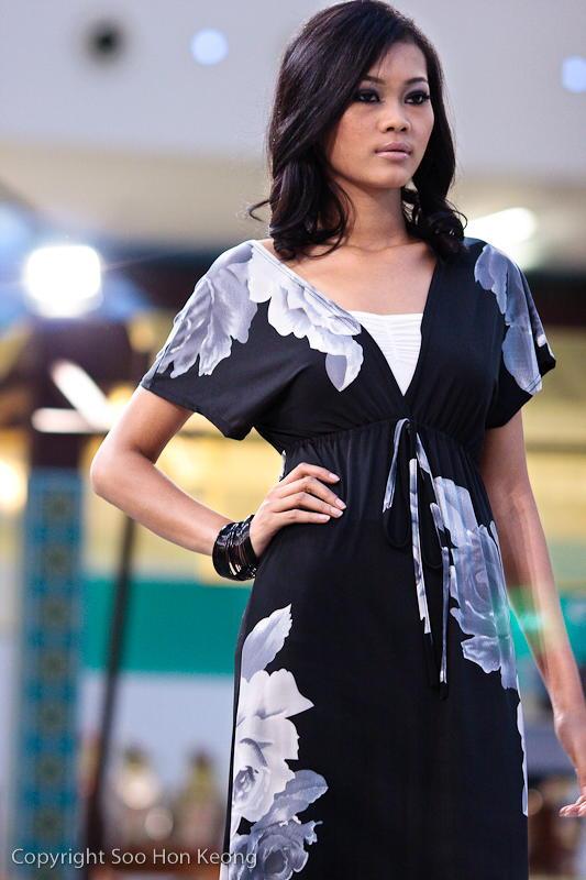 Festive Fashion Show (Envee) @ Pavilion, KL, Malaysia