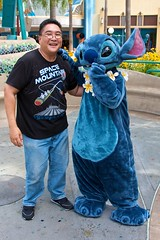Disneyland Aug 2009 - Meeting Stitch