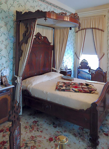 Chatillon - DeMenil House, in Saint Louis, Missouri, USA - woman's bedroom