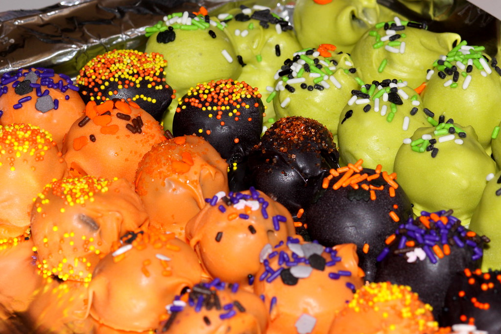 Halloween Oreo Truffles