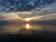 cloudy sunset 24.11.09 (peterpeers) Tags: sunset clouds zonsondergang colours wolken bulutlar kuadas kleuren aegeansea renkler egedeniz egeischezee gnebats