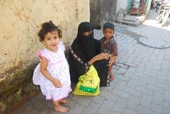 Marziya Shakir Offers Food To The Beggars On Her Birthday by firoze shakir photographerno1