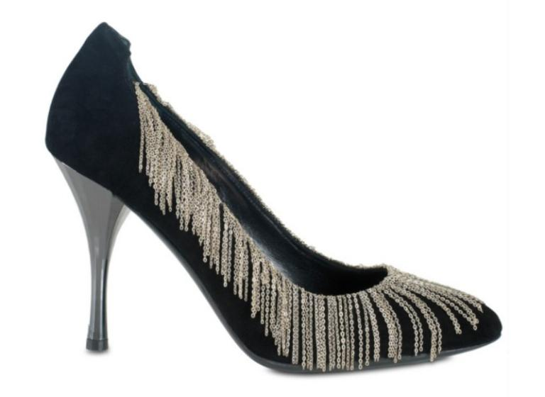 Diego Dolcini chain pumps