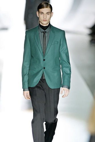 Johannes Linder317_FW09_Berlin_JOOP(first VIEW)