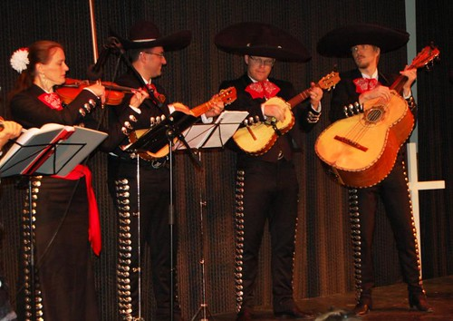 Some Mariachi playing (Copyright Hanna Andersson)
