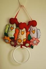 DSC_0165 (lilia.paim) Tags: feltro patchwork decorao tecido galinhas portatoalha portapano