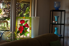 Stained glass art that Dad made (Tommy Williams) Tags: building art home architecture washington rooms unitedstates fineart structures stainedglass architectural sittingroom livingroom residence bellevue artistry edifice edifices residentialbuilding themeeveryday