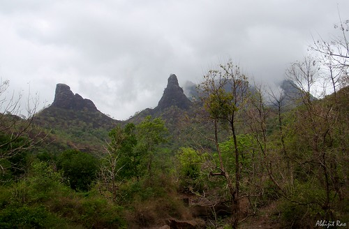 Macchindra and Gorakhgad