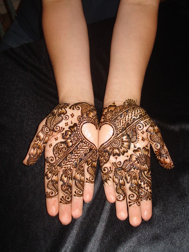 3752963915 033d1bc800 - Beautiful mehndi desings