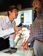 印度是全球第二大手機市場,用戶超過3億。