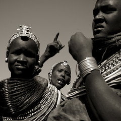 Rendille women with traditional finery during a dance - Kenya (Eric Lafforgue) Tags: africa beads kenya culture tribal tribes bead afrika tradition tribe ethnic tribo headdress afrique headwear ethnology headgear tribu eastafrica beadednecklace coiffe qunia 6027 lafforgue ethnie rendille  qunia    beadsnecklace kea    a