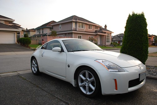 Fs 2004 5 Nissan 350z White 6spd Touring Vancouver