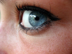 I see you (maseguardoilmondoatestaingiu) Tags: blue light macro eye look see eyes blu yeux bleu occhi azzurro occhio iride voir guardare vedere azzurri pupilla ciglia puppils