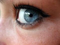 I see you (maseguardoilmondoatestaingiu) Tags: occhi occhio eye eyes yeux see vedere guardare look voir blu bleu blue azzurro azzurri light iride ciglia pupilla puppils macro debora lorenzi photography maseguardoilmondoatestaingi