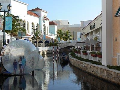 venise à Cancun.jpg
