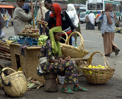 Vendedora en el mercado de Debre Sina