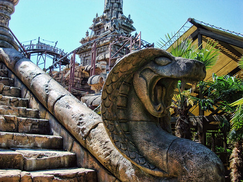 DLP 2009 - Why Did It Have To Be Snakes?