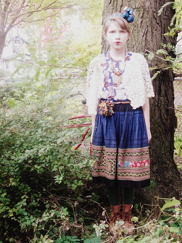 Свой стиль она описывает как смесь Игги Поппа, 80-х, H&М, японской моды...