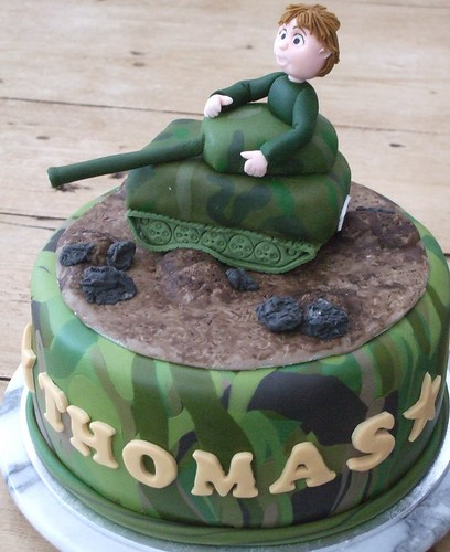 toms 6th birthday cake