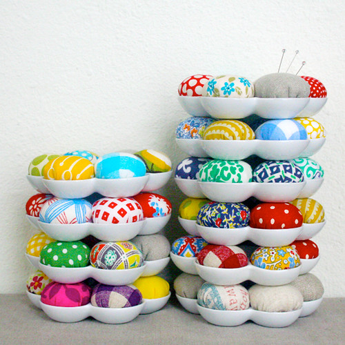 Pin Cushions! by iheartlinen.