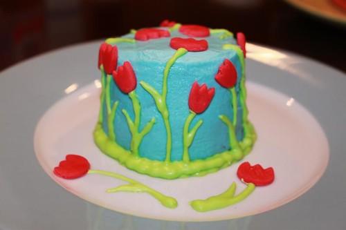 tulip cake side