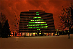 3m saint paul christmas tree (Dan Anderson (dead camera, RIP)) Tags: christmas holiday snow tree minnesota lights office stpaul headquarters company redsky twincities mn 3m