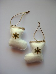 136/365 (ONE by one) Tags: christmas white socks handmade felt coco earrings whitesocks 2010 day136 project365 365days 2013 onebyone handmadefortheholidays whitefelt crafting365day136 presentsfromme 365dayssewing
