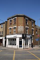 489 Garratt Lane, SW18 (Tetramesh) Tags: uk greatbritain england london unitedkingdom britain londres londra wandsworth londen londinium lontoo llondon tfl earlsfield transportforlondon jimwalker londyn llundain southfields capitalring londn  cound londona londain londono garrattlane sw18 londonas davidsharp tetramesh londrez walklondon  loundres stuartmcleod earlsfieldroad colinsaunders londr lndra 489garrattlane sw184sn rogerwarurst brianbellwood orbitalsworkingparty londonwalkingforum jenniehumphreys alexandrarook abimansley