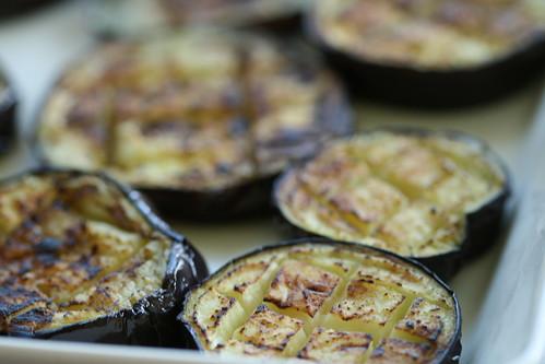Nasu dengaku / Grilled aubergine with miso topping / Grillitud pommu misokattega
