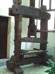 Another printing press at villa d'Este by avinashkunnath, on Flickr
