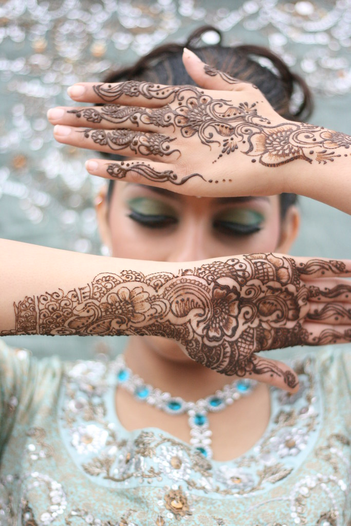 3773863179 45d3d73bb0 b - Beautiful mehndi desings