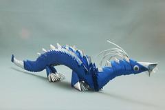 Dragão azul em origami 3D