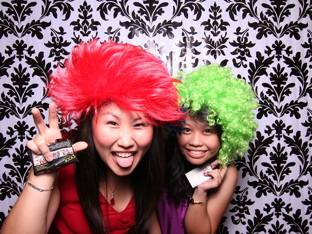 113787 by Poof Photobooth