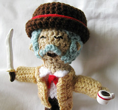Finished Henry Hatsworth plushie 3