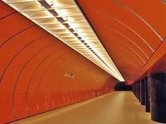 Marienplatz (werner boehm *) Tags: munich bayern bavaria marienplatz werner boehm ubahnmünchen vanagram wernerböhm subwaymunich metromunich wernerboehm