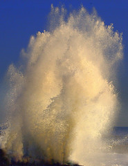 Splash! (William  Dalton) Tags: sea waves explore atlanticocean noreaster roughwater explore26 atlanticoceanstrom