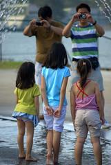 DSC_5132.NEF (sobri8) Tags: kids marinabarrage