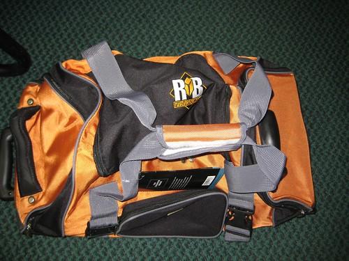 RustyBrick Sharper Image Duffle Roller Bag
