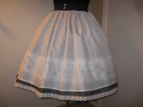 Music Note Border Skirt 016