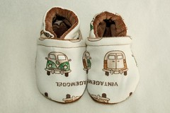 *0-6 Months*  VW Vans OBV lined Booties