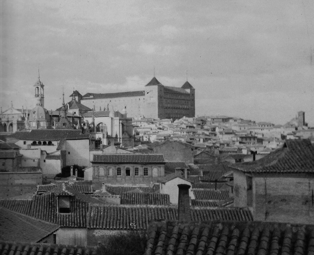 Catedral de Toledo y Alcázar hacia 1880. Foto Casiano Alguacil