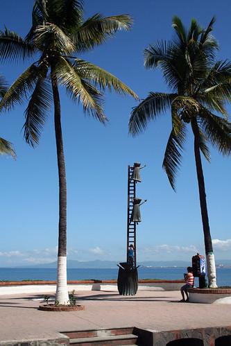 Children and Ladder Statue - Puerto Vallarta